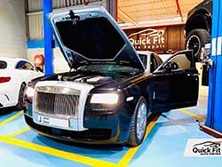 Servicing Rolls Royce Ghost and Gearbox Oil Changed at Quick Fit